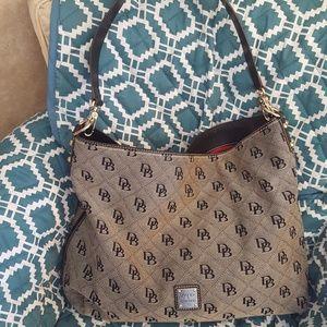 Dooney & Bourke Shoulder Bag **EUC**